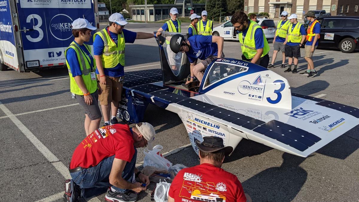 The UK Solar Car Team and Gato del Sol VI